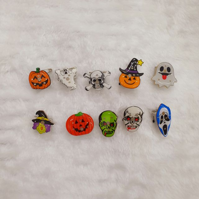 🌲Halloween Collection Collection Pin with Light (Battery Included) 🌲🎀