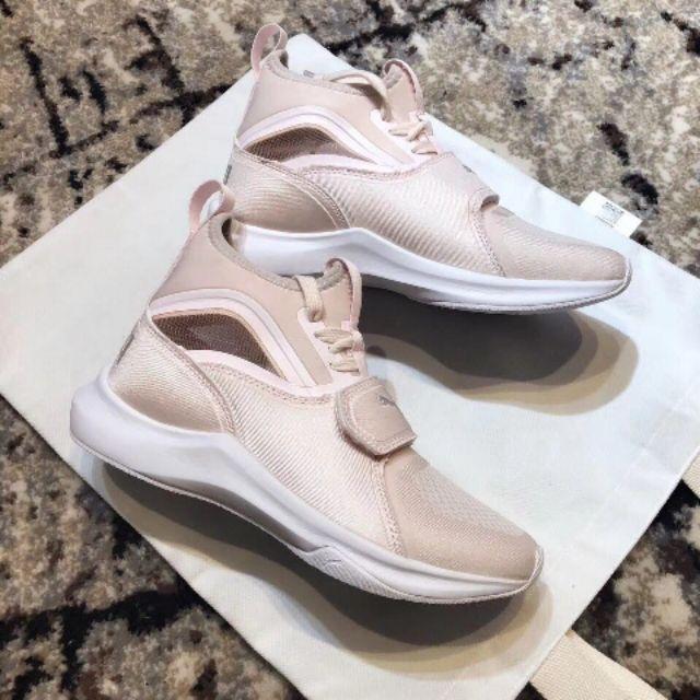 Puma Phenom Lux x Selena Gomez Sneakers Hypebeast Sneaker Puma Sneakee Puma Shoe