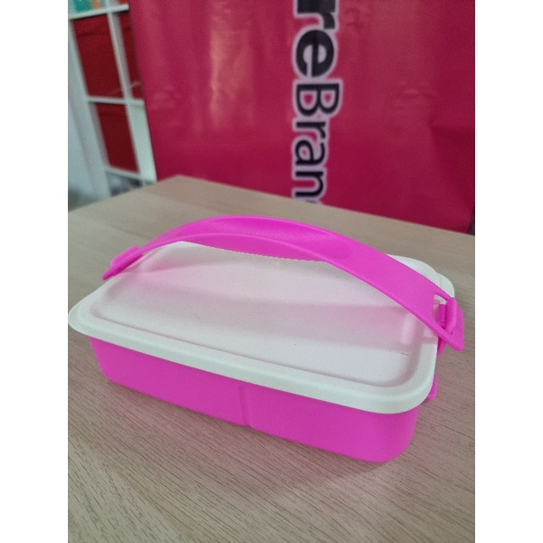 Tupperware for LUNCH ON / Click To Go REctangular Divided / 1set / 900ml / Non microwavable