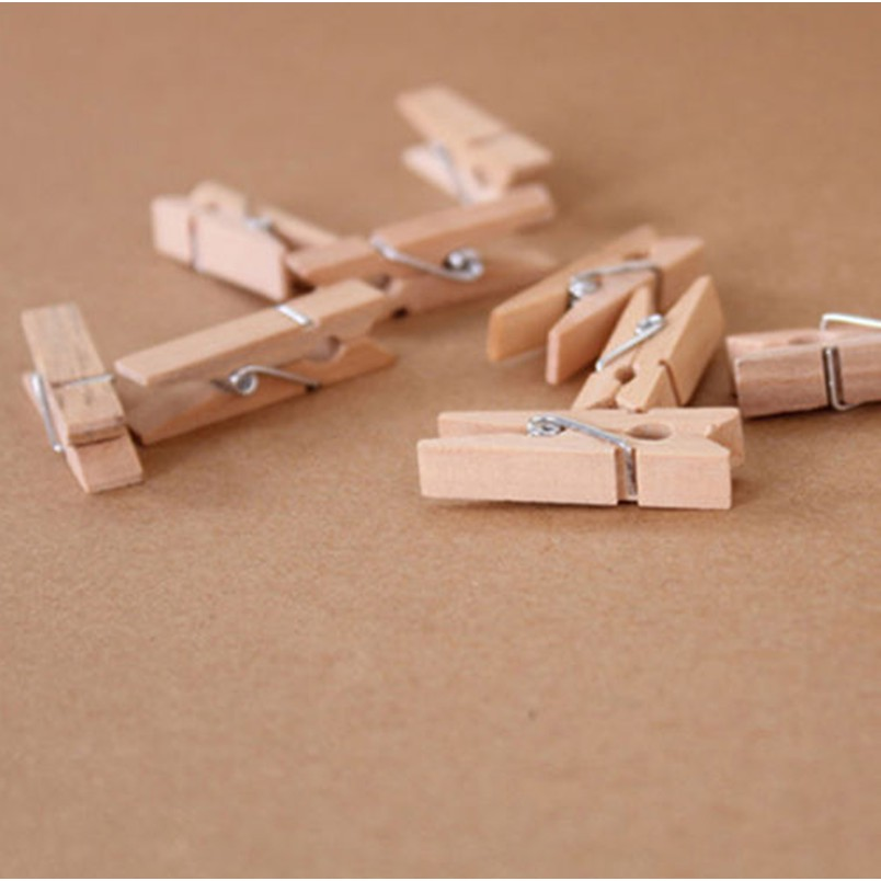 100pcs Red Wooden Clothes Photo Paper Pegs Clothespin Cards Craft Clips G