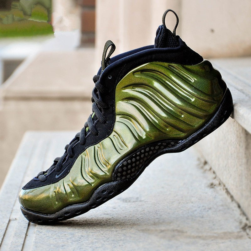 Nike Air Foamposite One Metallic Red 2017Sneaker Bar ...