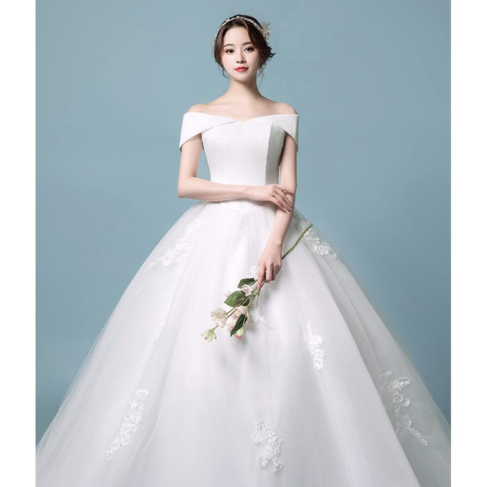 Long Tail Tops Satin Bottom Mesh Lace Embroidery Wedding Gown Evening Dress