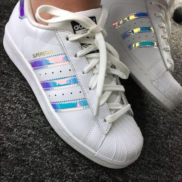 adidas superstar holographic 40