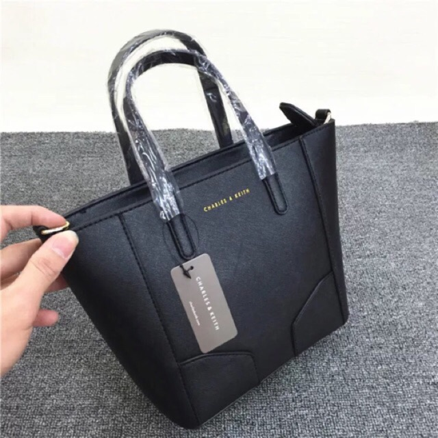 70c782b34e Authentic Original MICHAEL KORS Jet Set Item Signature Top Zip Black PVC  Tote