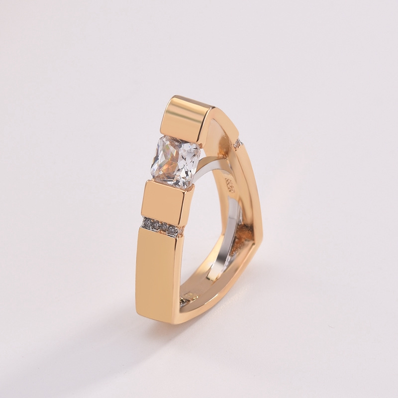 Creative Two Tone Geometric Triangle White Topaz Wedding Ring 18k Gold Jewelry