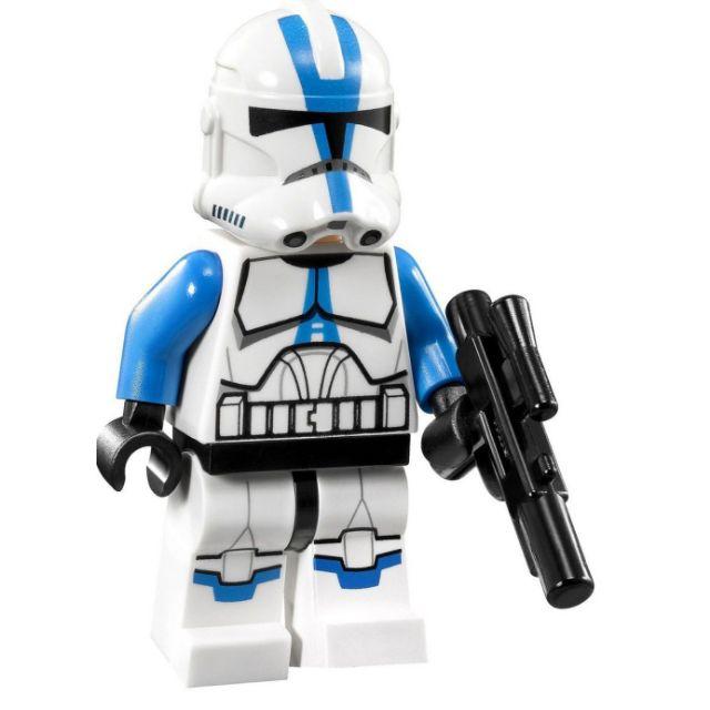 Lego Star Wars Minifigure 501st Legion Clone Trooper with Short Blaster from Set 75002 75004
