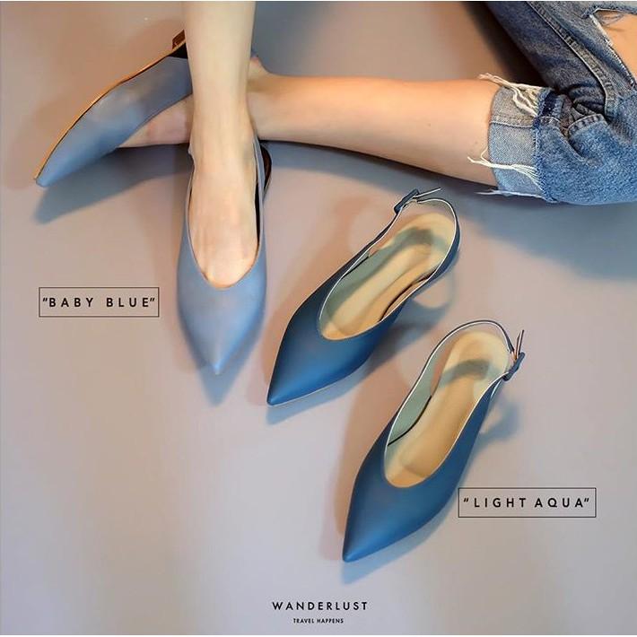 """รองเท้าหนังหัวแหลม Wanderlust รุ่น Olivia Frost สี """"light"""