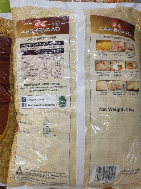 AASHIRVAAD Export Quality Chakki Atta Whole Wheat Flour 5Kg